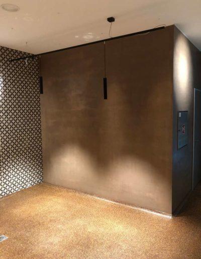 Interiérový cementový povrch, lázeňský dům Teplice