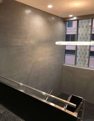 Cementový povrch Facebeton, omyvatelná úprava,horní pohled ze schodů, lázeňský dům Teplice