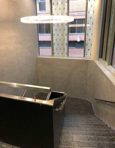 Cementový povrch Facebeton, omyvatelná úprava,horní pohled ze schodů 2, lázeňský dům Teplice
